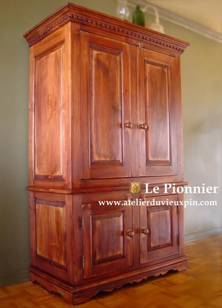 Reproduction de meubles ancien et cours de finition l for Meuble antique quebecois